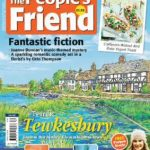 The People's Friend – October 02, 2021 PDF